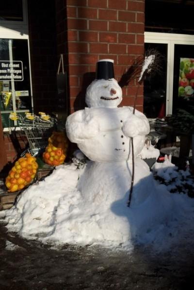 Schneemann oder Schneefrau?
