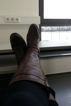 school-office-feet-up