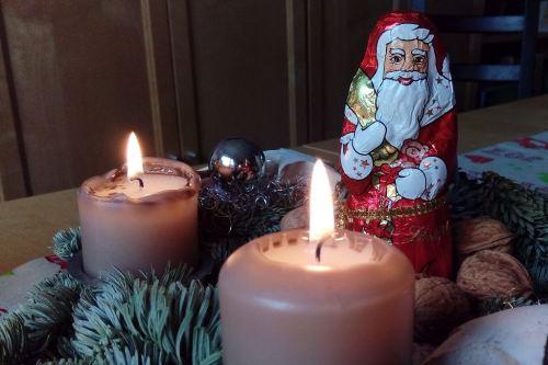 Die zweite Kerze brennt ...