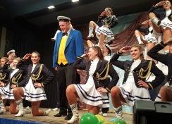 Der Präsident tanzt mit