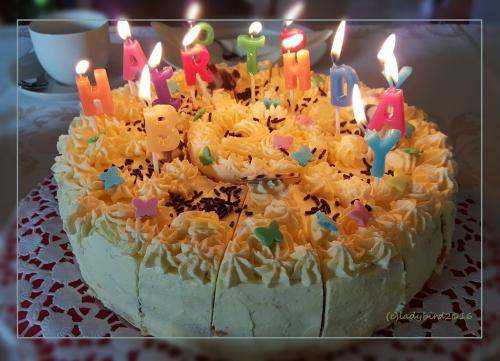 Geb-Torte-kl-Kind